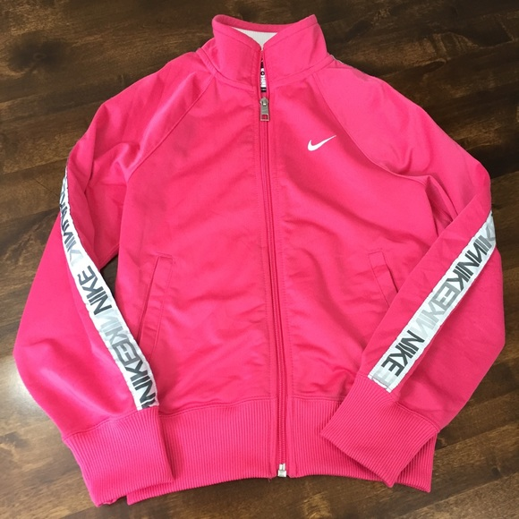 72f237bbc9 Nike Girls Small Zip Up Jacket. M 5a89e7368290af44e3cfcf8f